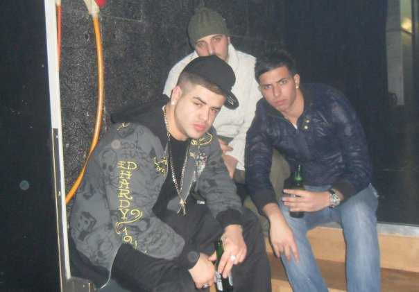 Fotot E Noizy http://otrshqipes.webs.com/apps/photos/photo?photoid=72273748